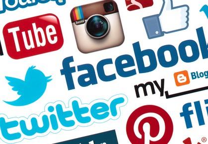 Condividi i tuoi post su Facebook, Twitter, G+ e tutti i social network